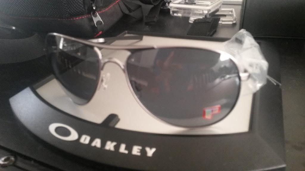 For Sale : Brand New Oakley Plaintiff Polarized Sunglasses - 20131225_073407_zpsdpj0o7l6.jpg