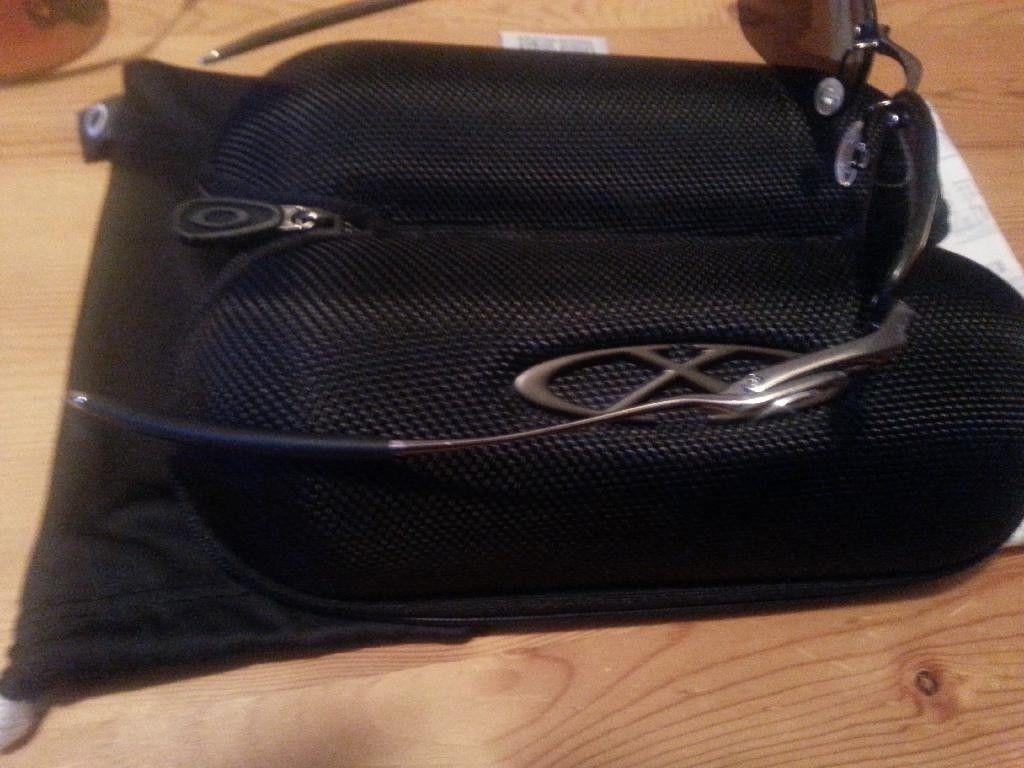Oakley Items For Trade - 20140127_193658_zpsd8vna5mp.jpg
