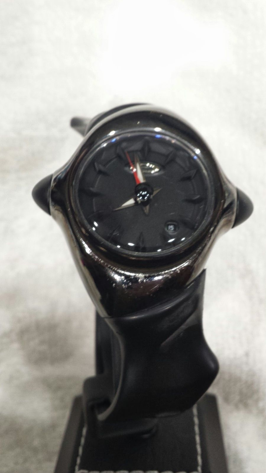 Crush Watch And Stand - $OLD - 20140320_195713.jpg