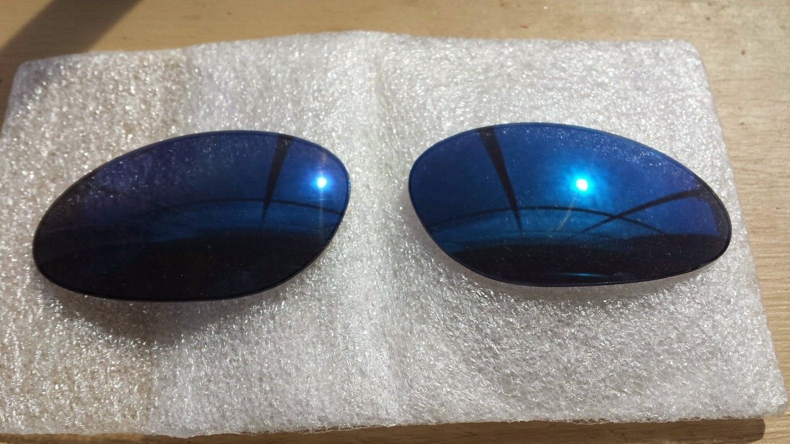 2x Penny Lenses - Ice (Like New) & Ruby (Used)  $OLD - 20140411_142808.jpg