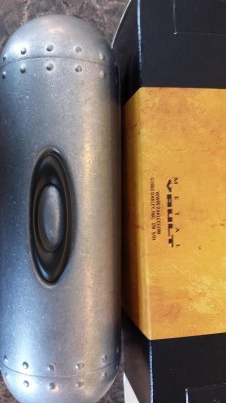 Few Bags, Small Vault And Sochi Pins - 20140430_133731.jpg