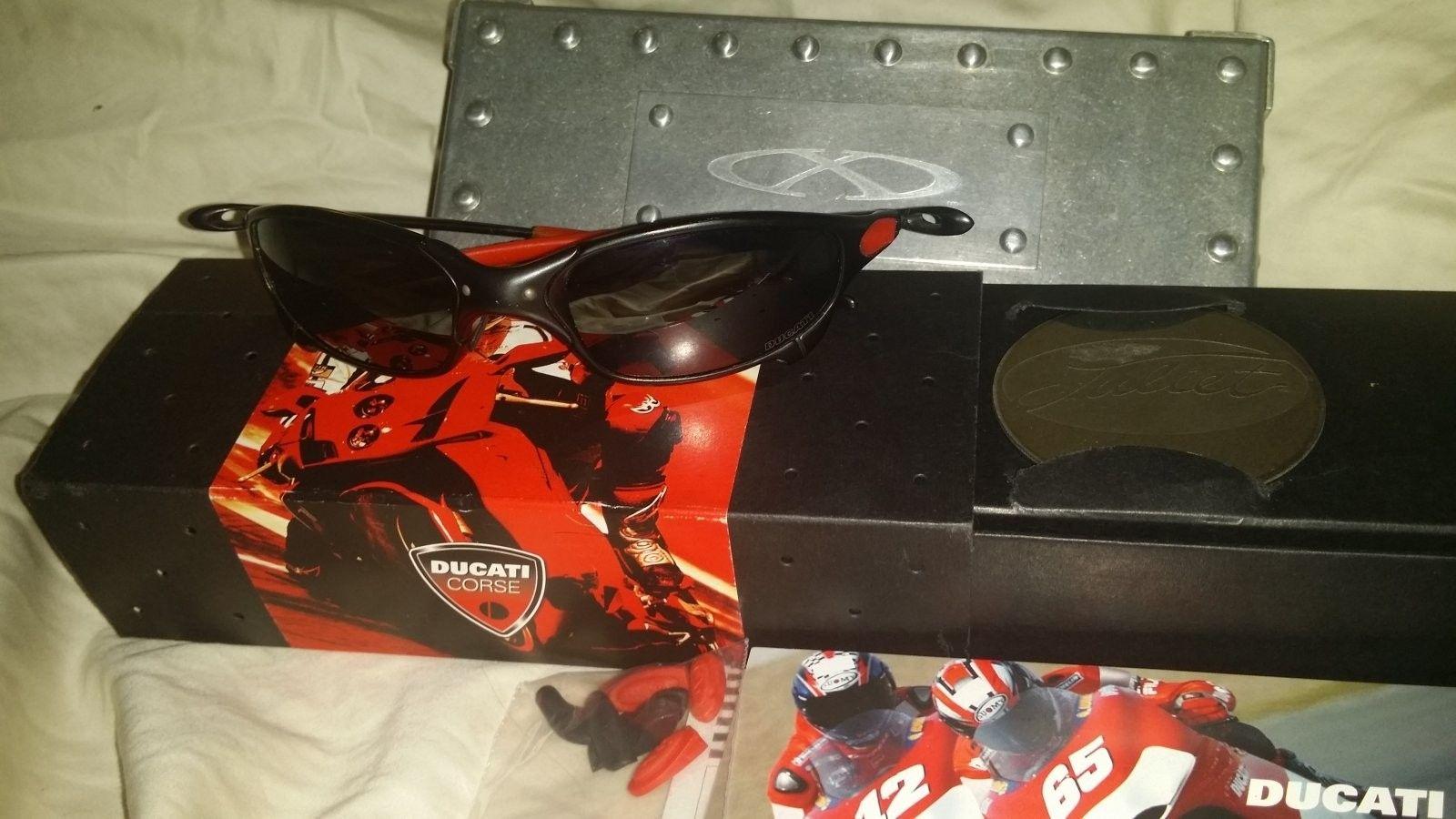 My First Pair Xmetals 1 Gen Juliet Ducati Carbon - 20140604_215054.jpg