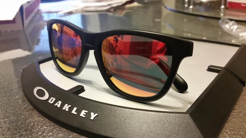 Frogskin Lx  Matte Black With Ruby Lens - 20140728_203018_zpsbkauvcju.jpg