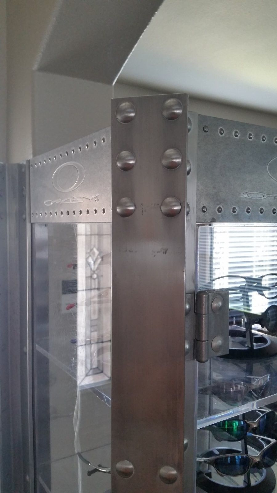 Aluminum Display Case - Polish Product Review - 20140906_131204.jpg