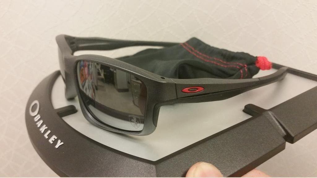 Few Brand New Oakleys For Sale - 20140912_132804_zpspw37mcqb.jpg