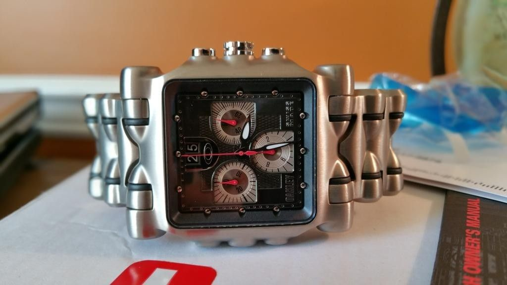 Minute Machine Black Dial Titanium Bracelet SOLD - 20141125_153048.jpg
