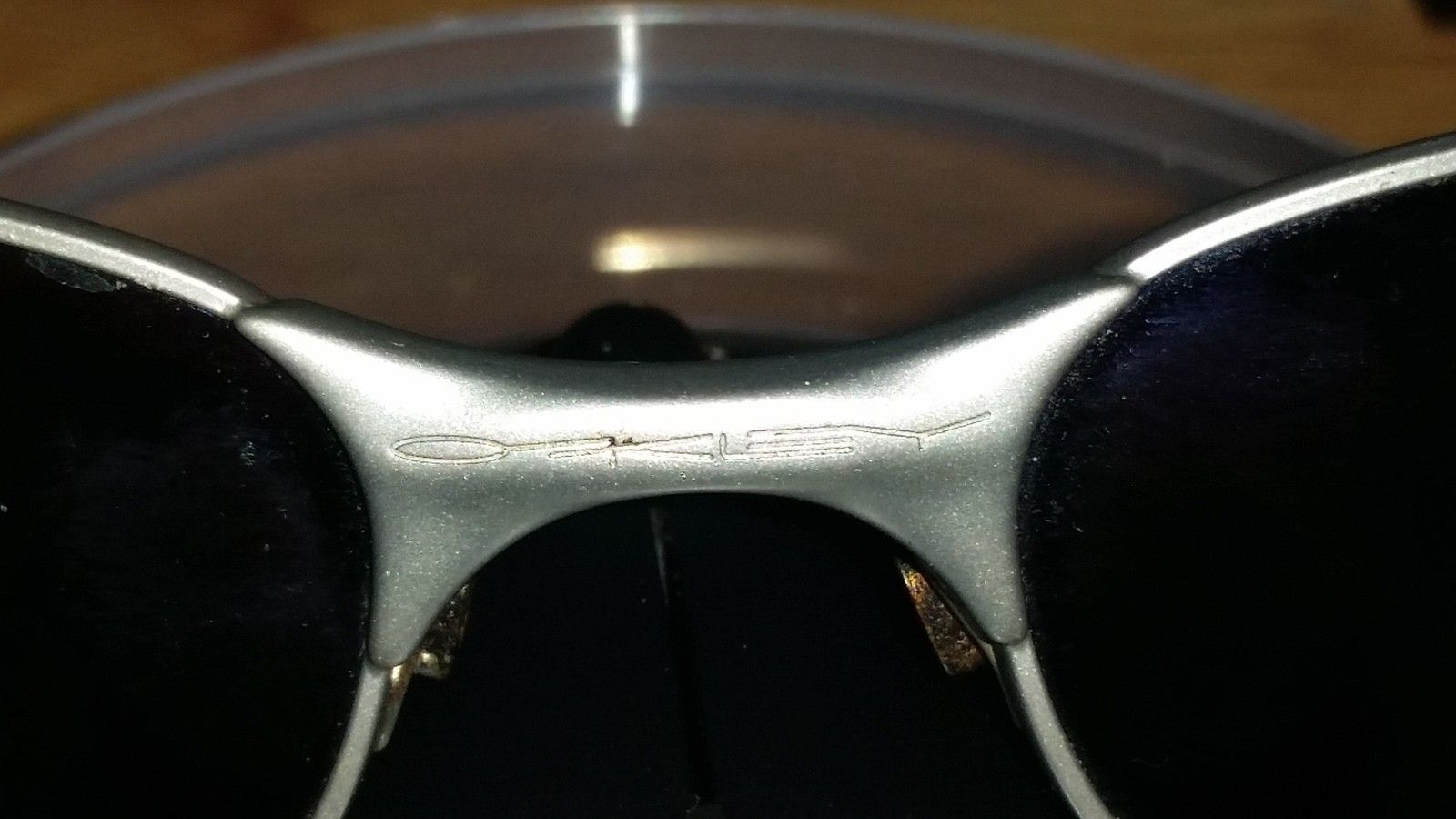 A lil help newbie! can anyone please help me to dentifying this particular pair of Oakleys - 20141223_213028.jpg