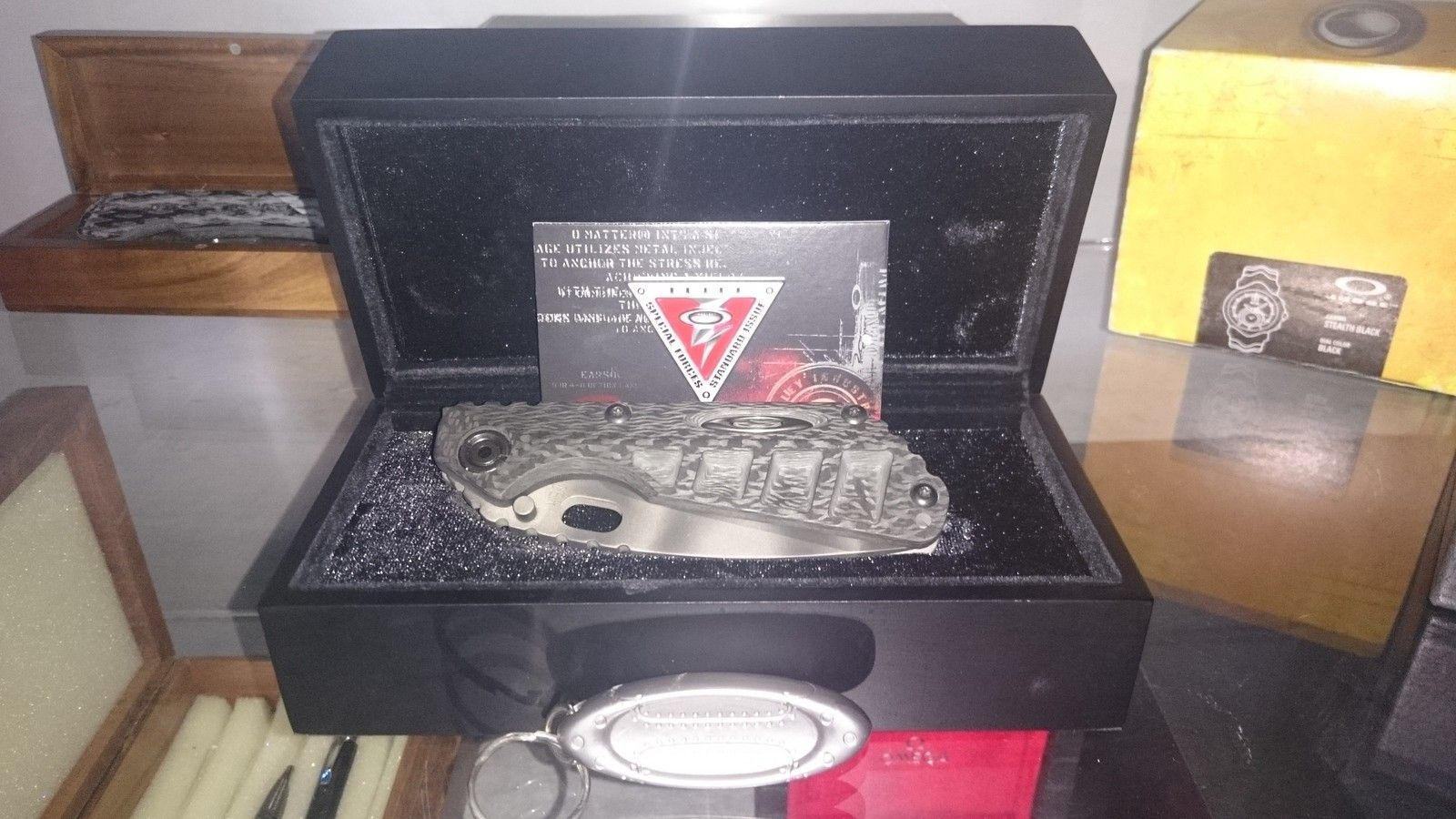 Oakley Knife Elite Strider Machined Carbon Fiber SNG with camo blade - 2015-07-16 13.44.20.jpg