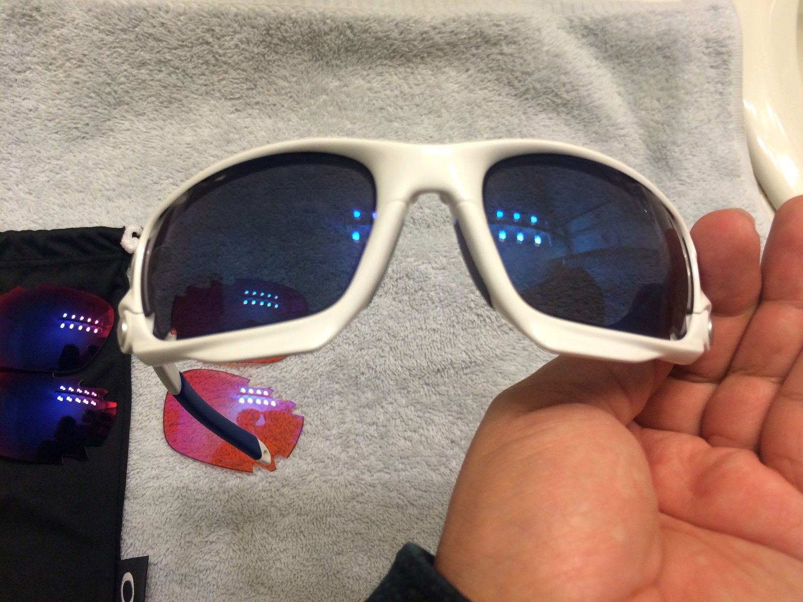 Racing Jacket + 3 Vented Lenses - $99 - 2015-12-06 18.22.24.jpg