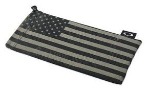 Oakley Subdued American Flag Microfiber Bag - BN? - 2015-12-12_0956_001.png