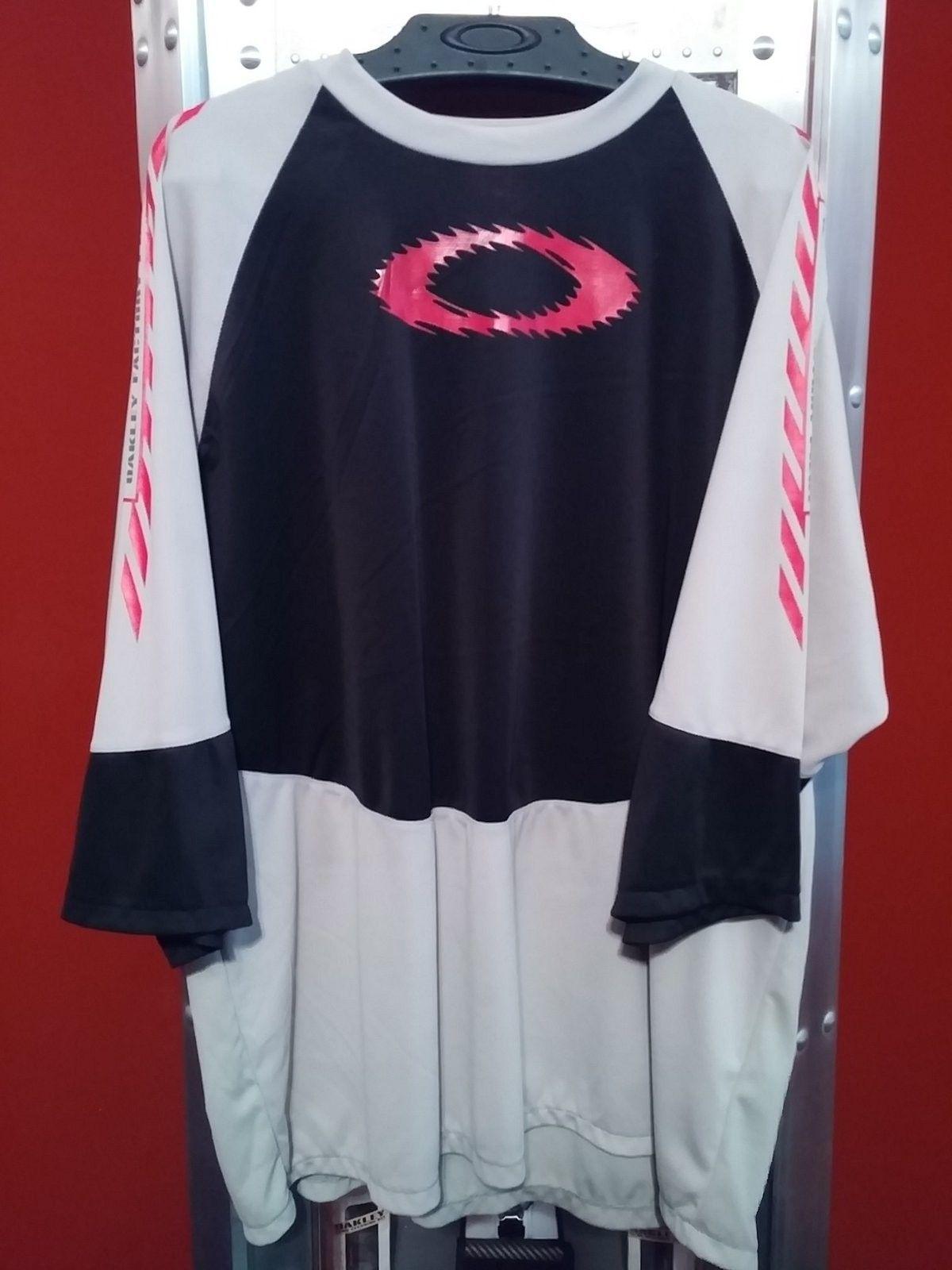 Oakley MTB Jerseys. - 20150117_081628.jpg