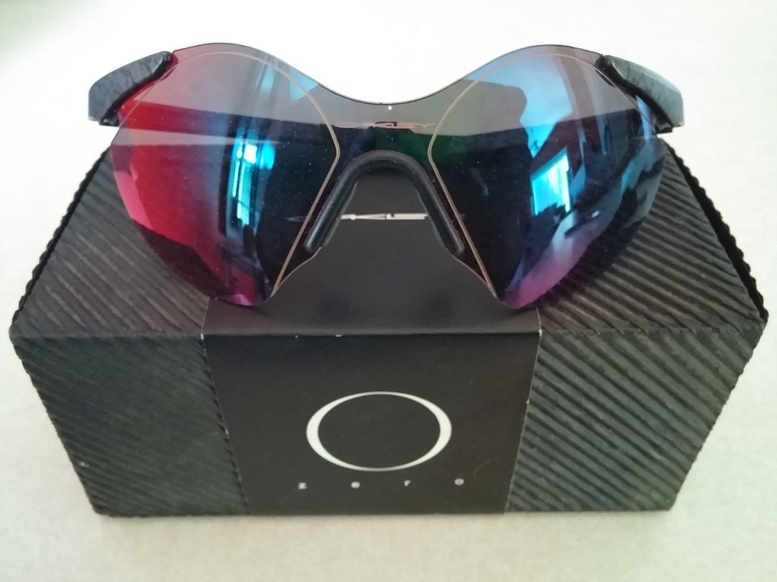 Oakley Pit Boss 2 and BNIB 0.6 - 20150312_161456.jpg