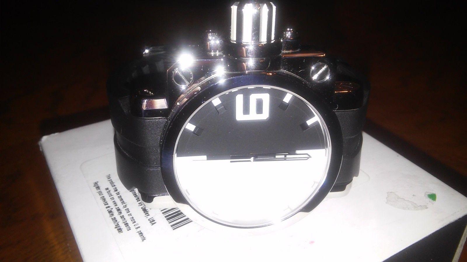 Oakley polished black/white gearbox(bnib) - 20150706_085709.jpg
