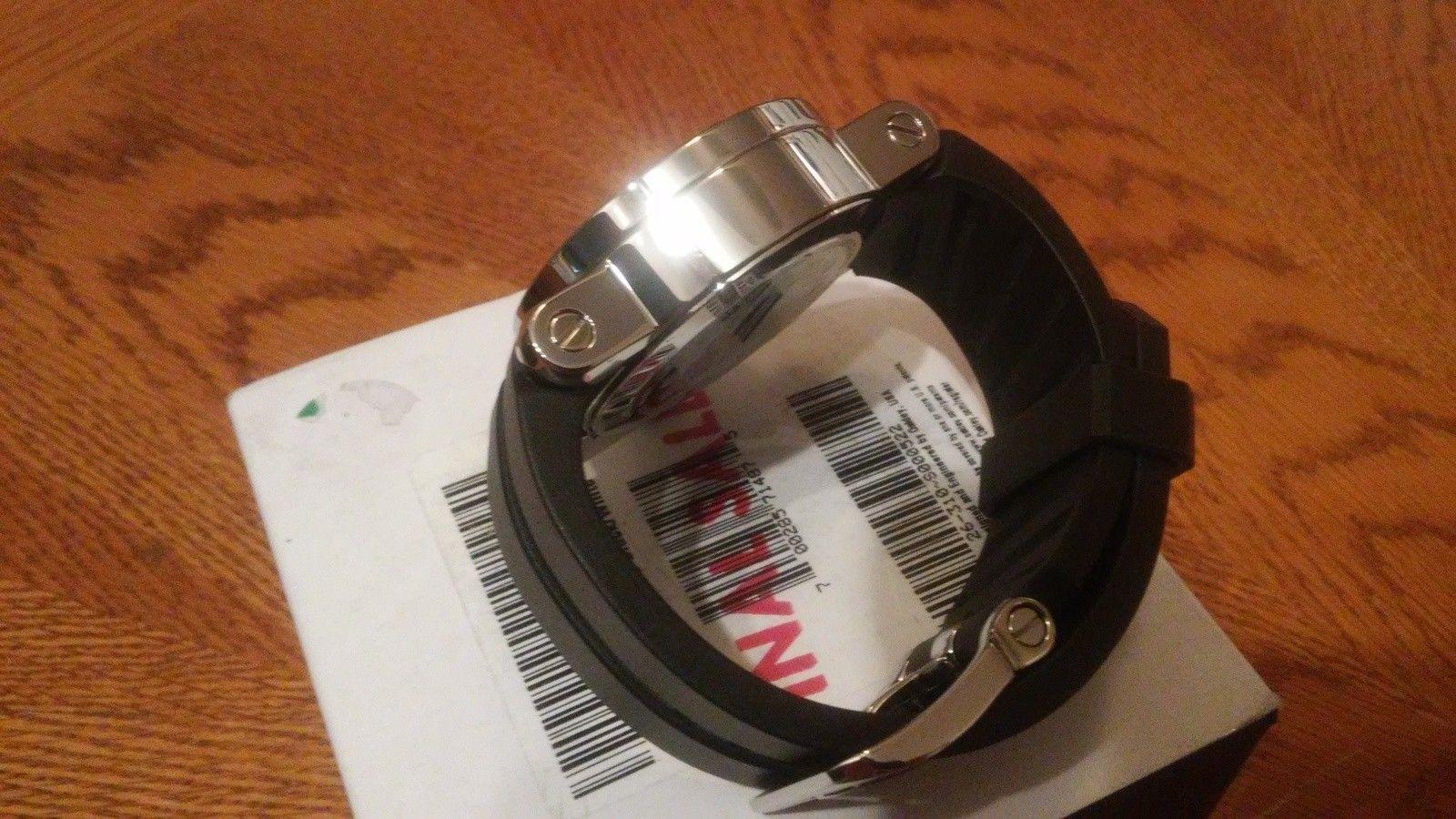 Oakley polished black/white gearbox(bnib) - 20150706_090032.jpg
