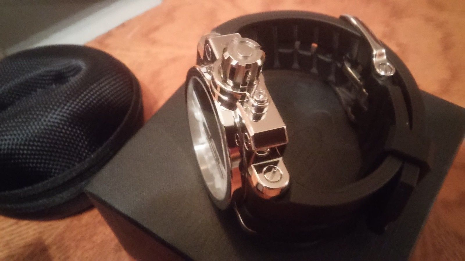 Oakley polished black/white gearbox(bnib) - 20150706_090257_HDR.jpg