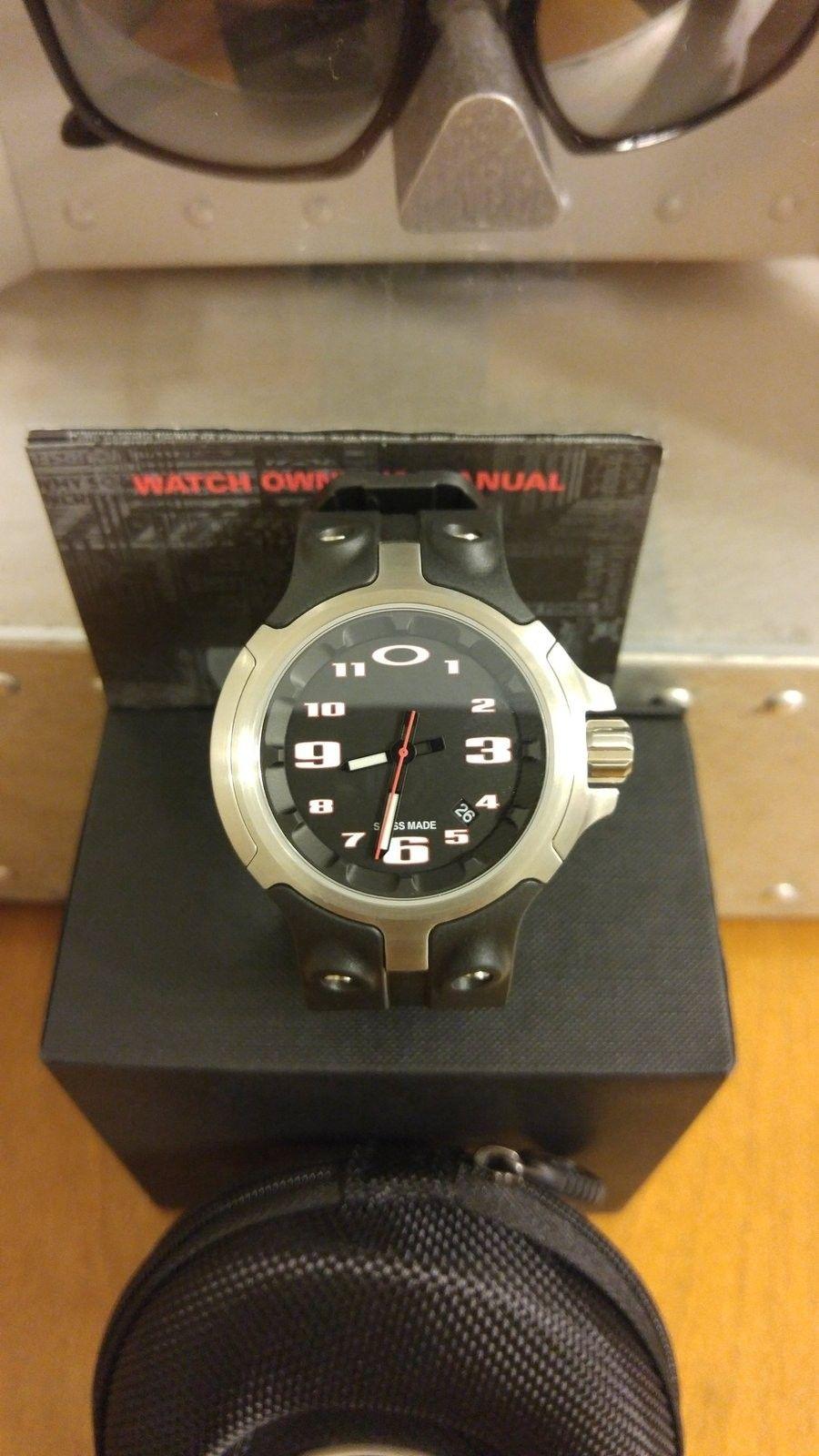 LNIB Bottlecap Watch Black - 20150726_203232.jpg