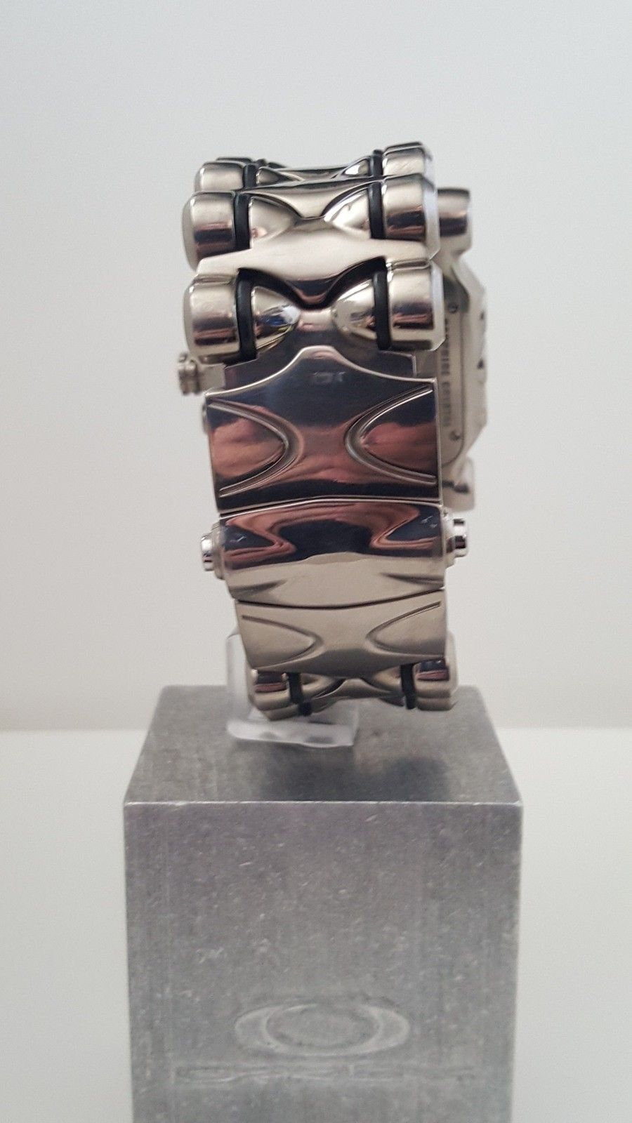 Minute Machine -Custom Polished - Black - Titanium Originally - 20150919_142209.jpg