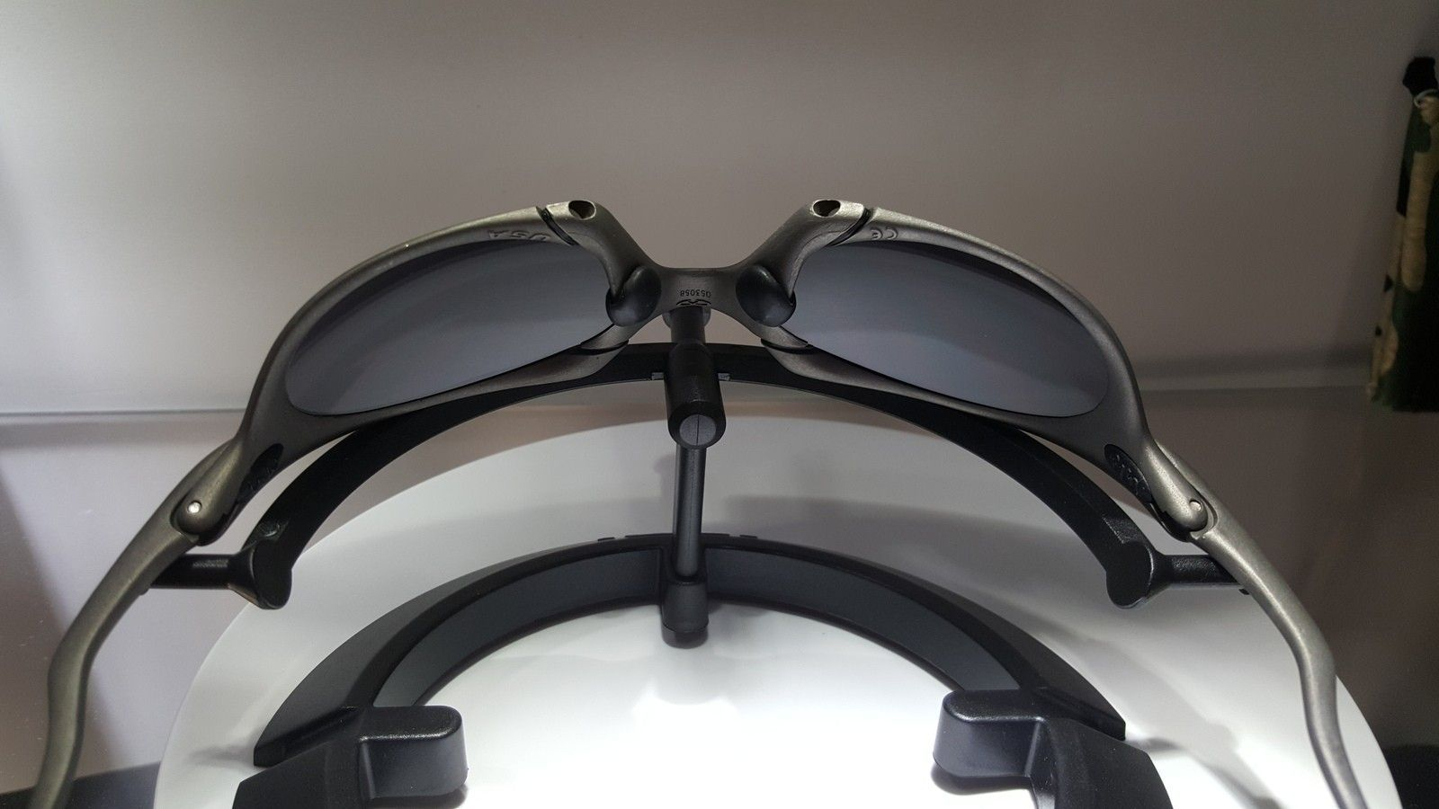 X metal Romeo 1(brand new OEM lenses) - 20151009_075129.jpg