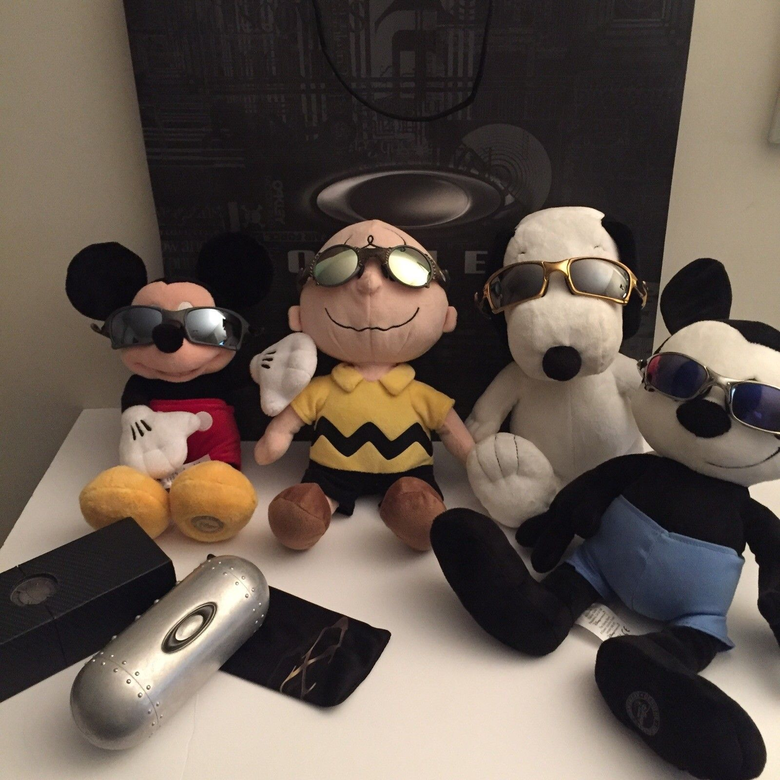 What Oakleys are your plush animals wearing today ??? - 20151222205234 (1).jpg