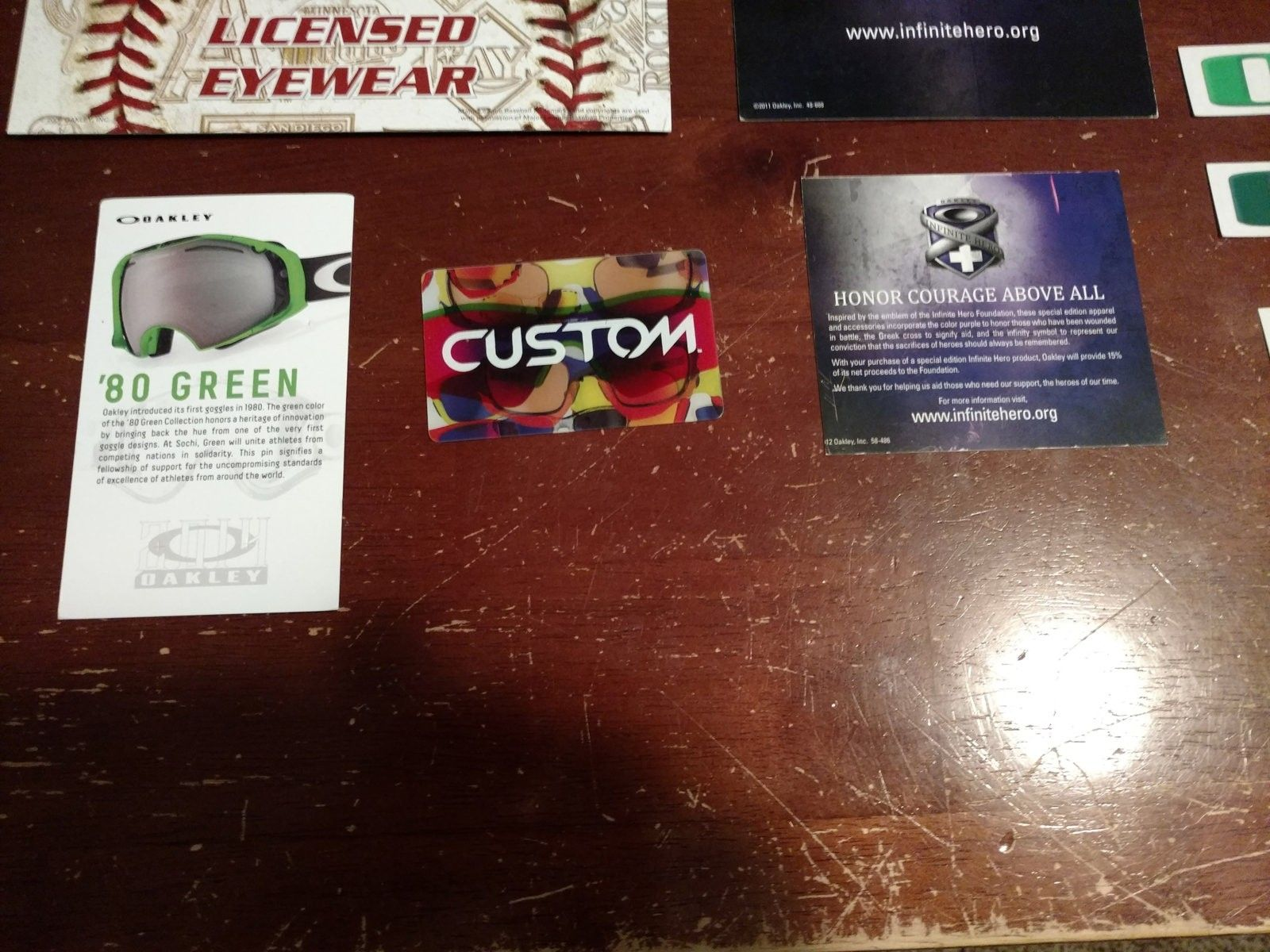 Display lot: metal card holders, lots of pop, stickers, IH pop, MLB display, more - 2016-05-31 12.12.42.jpg