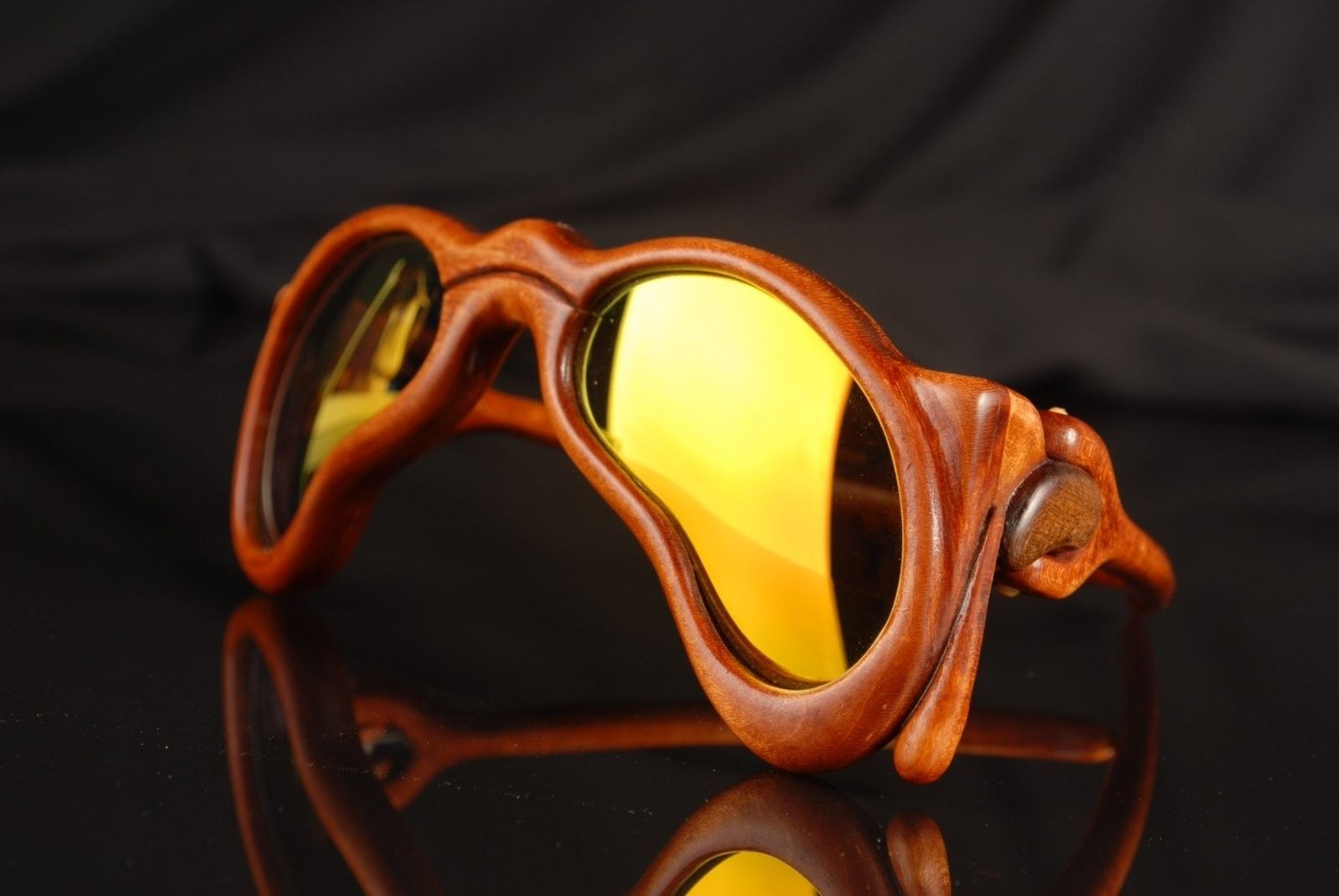 Spectacular Handmade Wooden Sunglasses - 2016-05 Jaromir Dali 25.JPG