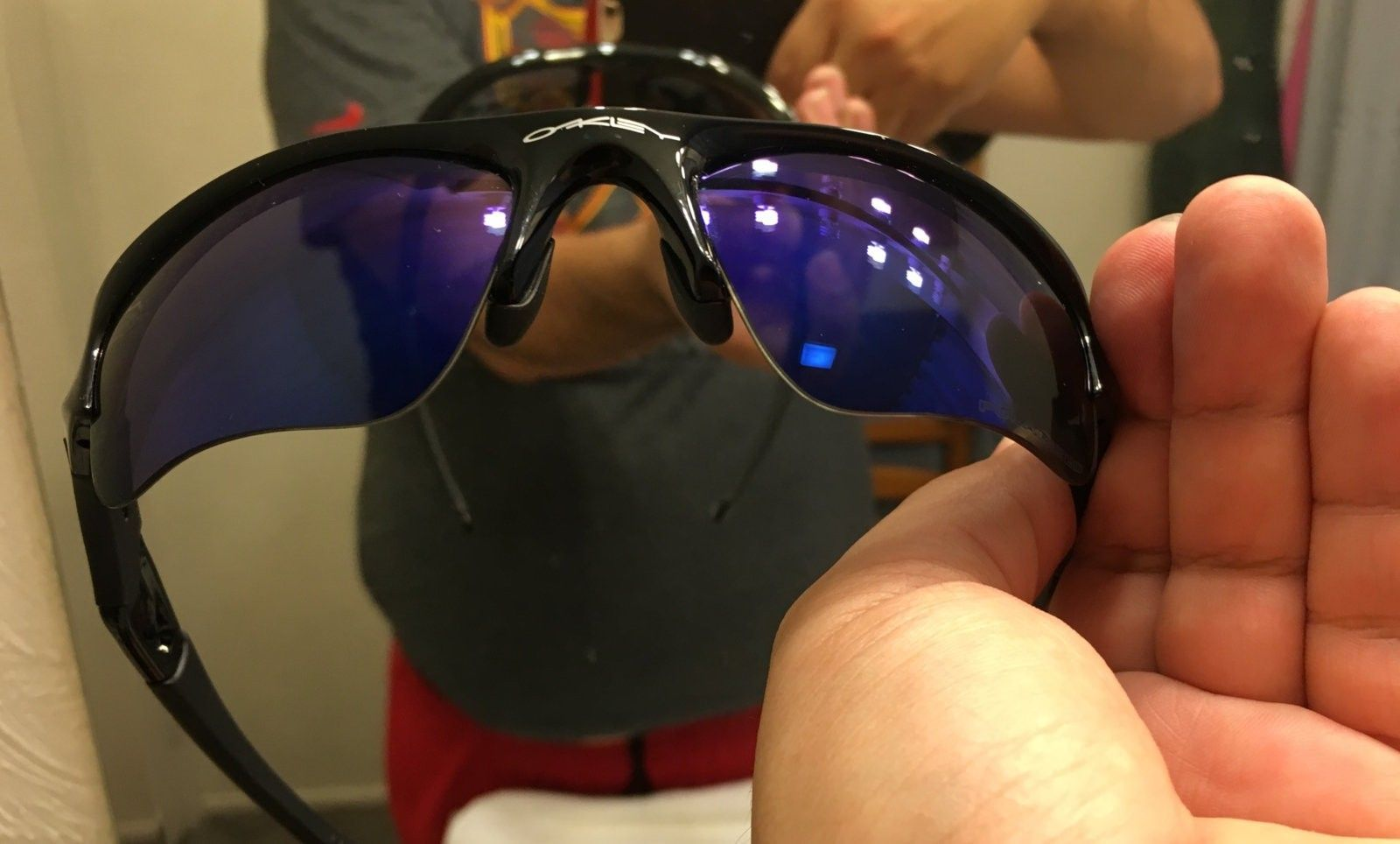Flak Jacket 1.0 - 2 pairs - Polarized lenses - 2016-07-07 19.24.00.jpg