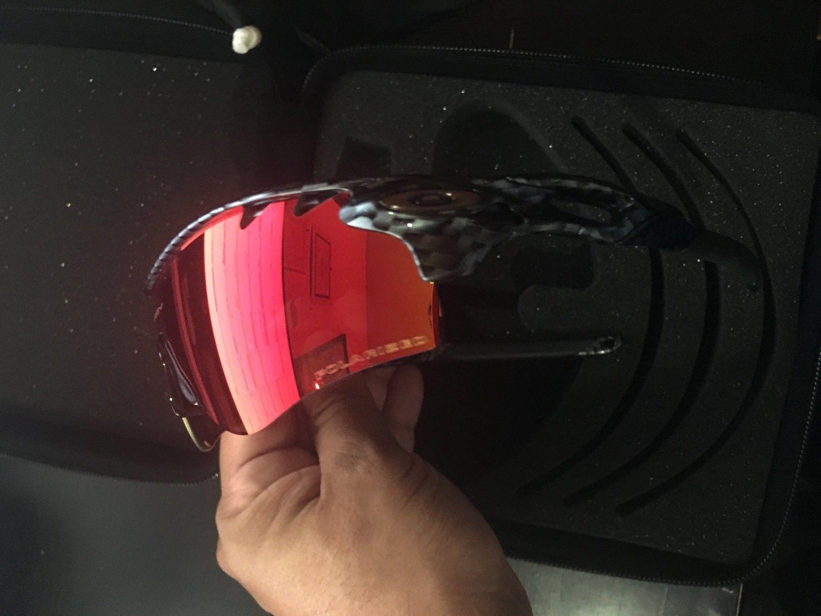 RadarLock - Carbon Fiber & 00 Red Polarized - 2016-08-28 18.56.30.jpg