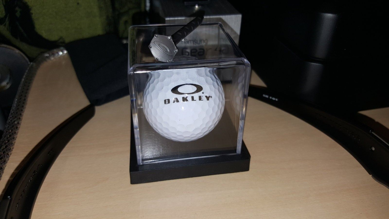 Oakley Golf - 20160219_221451.jpg