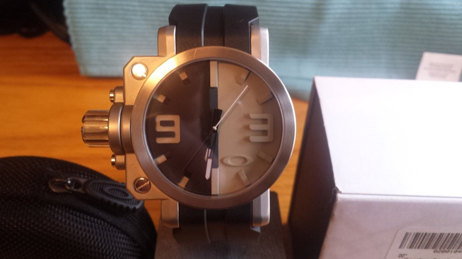 or selling Gearbox Black/Tan Dial - 20160319_124220.jpg