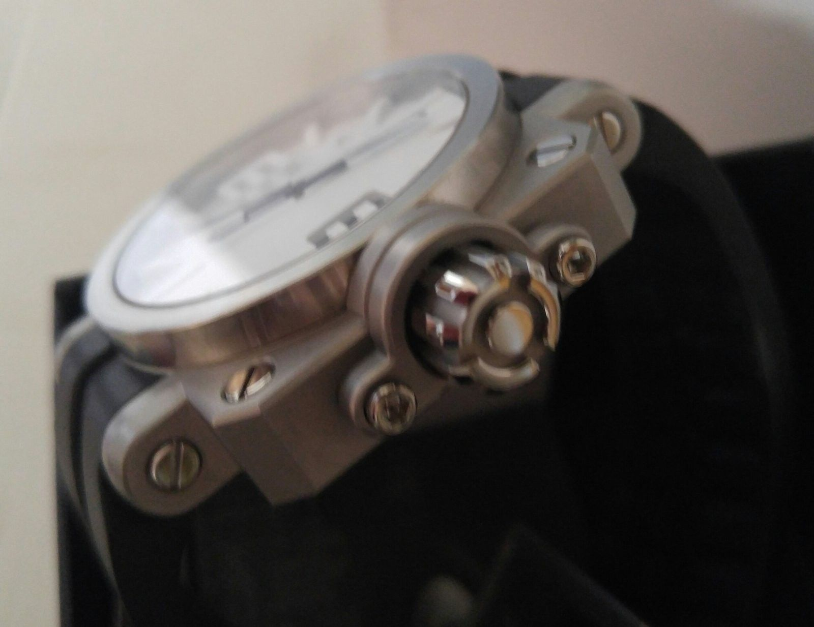 Gearbox white dial SOLD - 20160415_123246-1.jpg