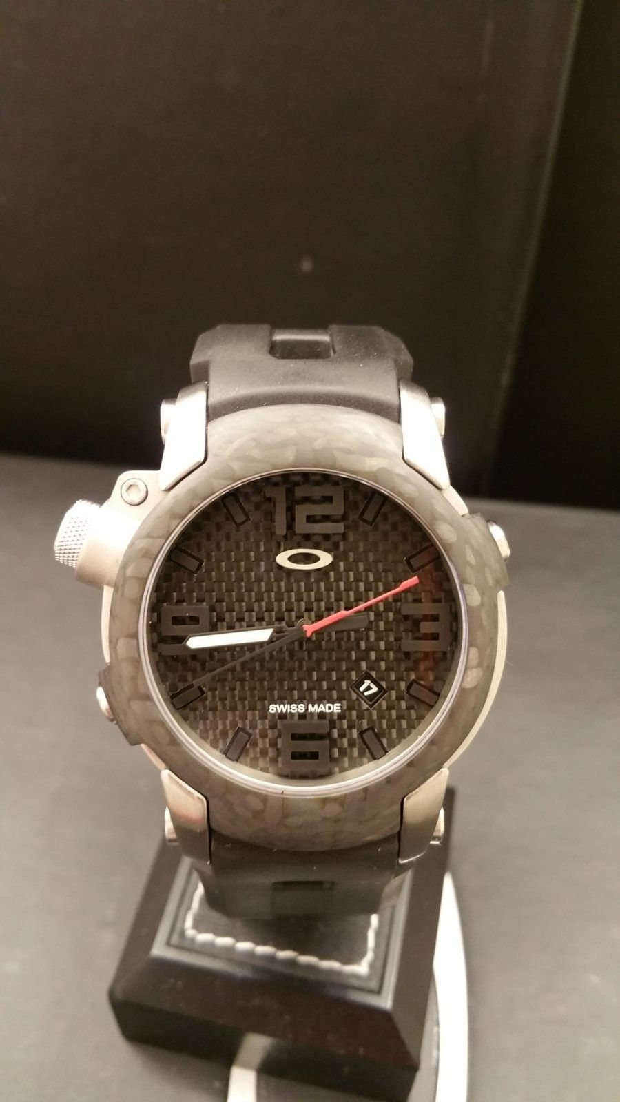 Killswitch carbon fiber bezel - 20160521_205751.jpg