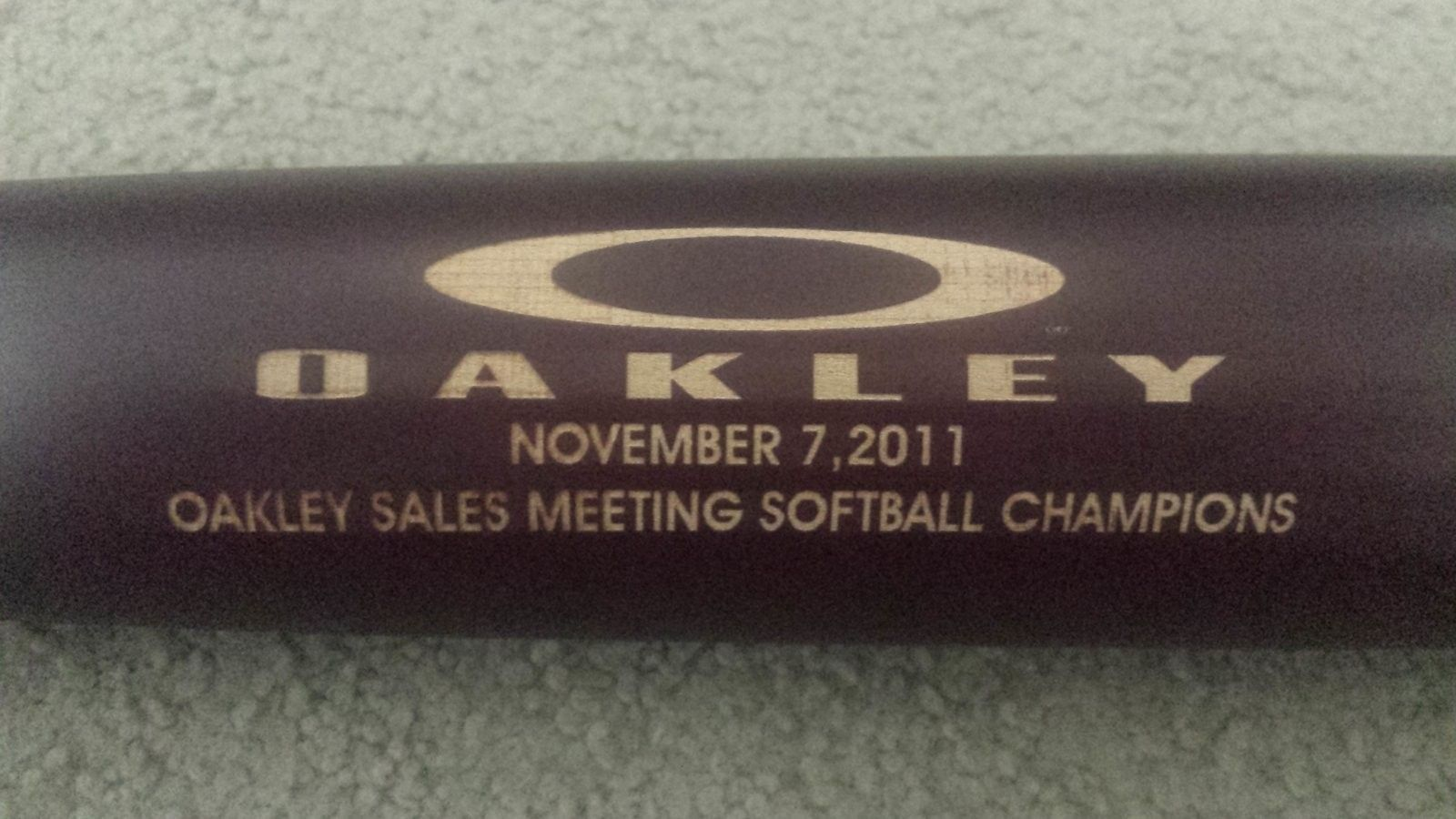 Oakley Baseball Bat - 20160602_114117.jpg