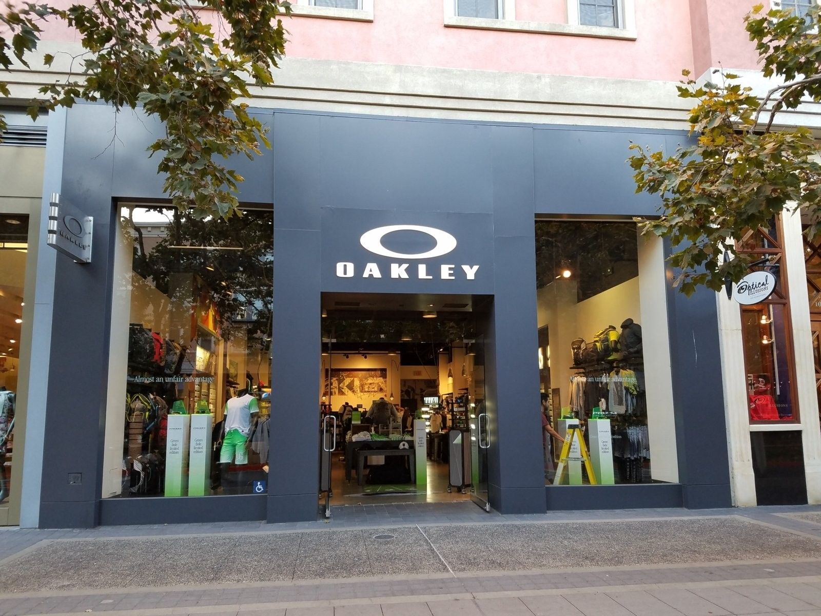 oakley outlet gilroy