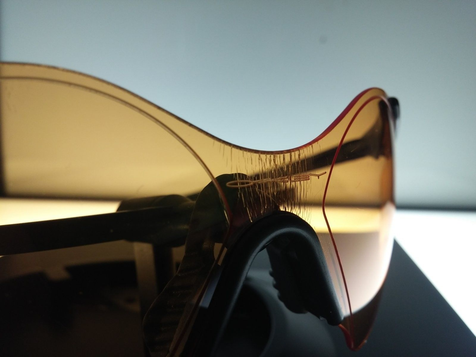 Oakley ZERO 0.6 CARBON FIBER PERSIMMON - 20160908_124030.jpg