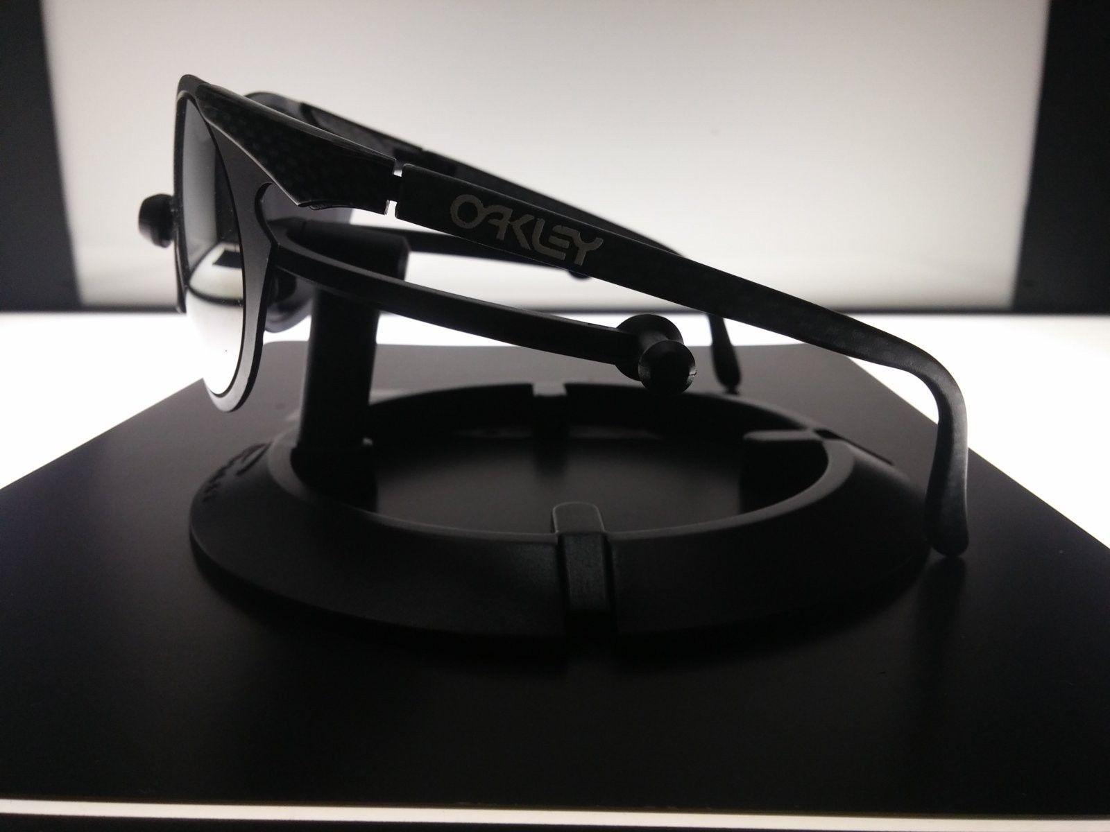 Oakley Sub Zero 0.6 Carbon Fiber in Black Iridium - 20160908_125739.jpg