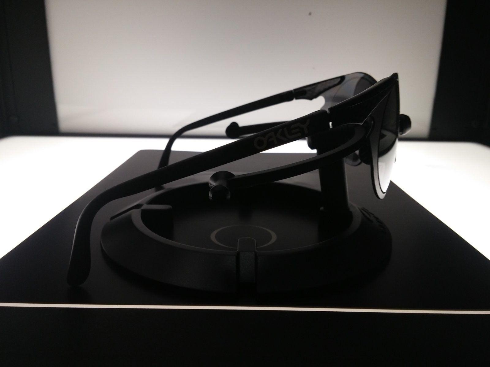 Oakley Sub Zero 0.6 Carbon Fiber in Black Iridium - 20160908_125757.jpg