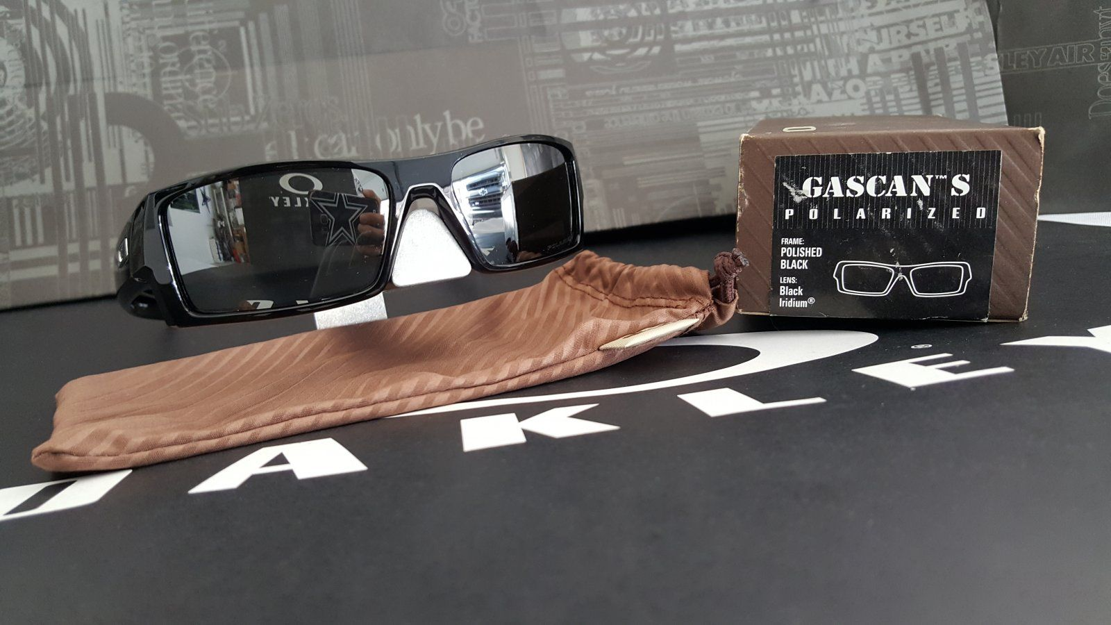 32fce99c6b Oakley Gascan Small Black « One More Soul