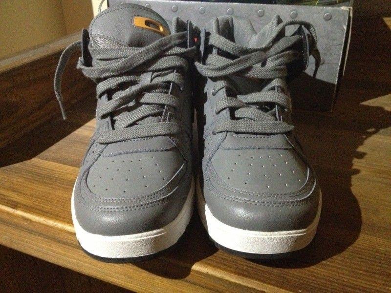SI Snow Camo Assault Shoe, Black SI Shoe, Megajoule Mid Shoe - 20C10F2B-0A04-4FDF-A780-29406D696B70-7592-00000687840382D0_zps6689663d.jpg