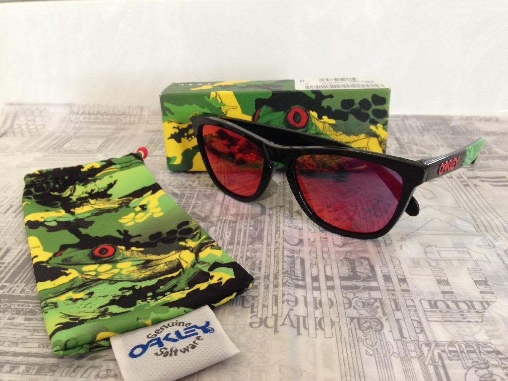 Oakley Jupiter Camo Frogskins - 21A053D6-B481-4E47-AA58-92072C2F9411_zpswhy5cvzp.jpg