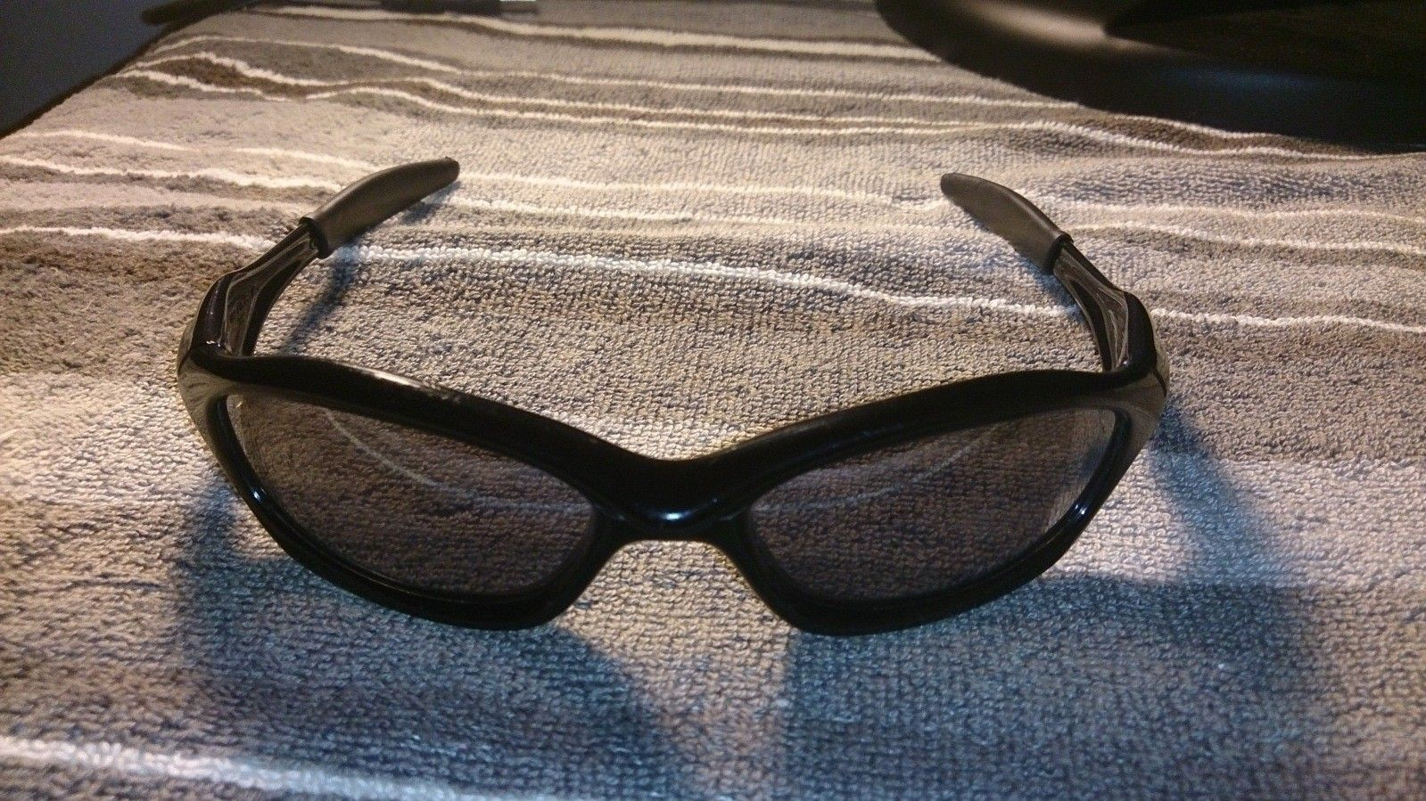 Replacing lenses, but couldn't identify the model - 21locuq.jpg