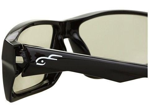 Oakley releases 3D Twitch's - 2224204-3-MULTIVIEW.jpg