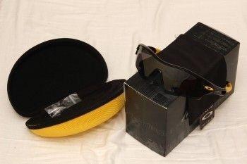 LNIB Livestrong Radar Path (Jet Black/Black Iridium) 12-763 - 2460d6214725764.jpg