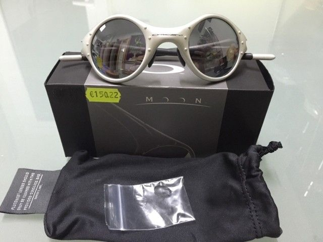 Price reduced! Do you like Moon? - 24938a824967c4de8fa491e69d41d310.jpg