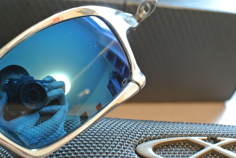 Oakley X-Squared Polished OO6011-05 (Mint w/ EXTRAS) - 25694053070_a1bfd4161c_c.jpg