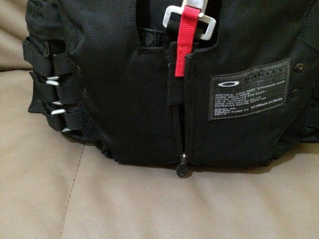 [Fake or Real? ] Identify an Oakley Backpack - 28554391-D7F7-41BE-9CB4-3806575C31A7_zpsc4fgcox1.jpg