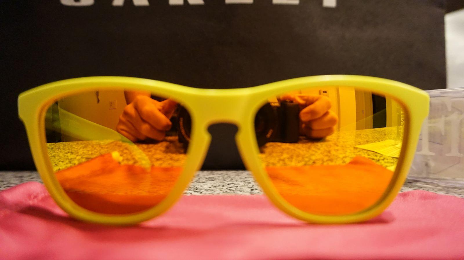 Frogskins Neon Yellow w/Fire Iridium (2007 release) - 28668567792_5feea8450c_h.jpg