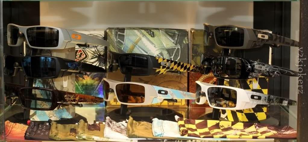 My Humble Oakley Collection - 2n1axdj.jpg