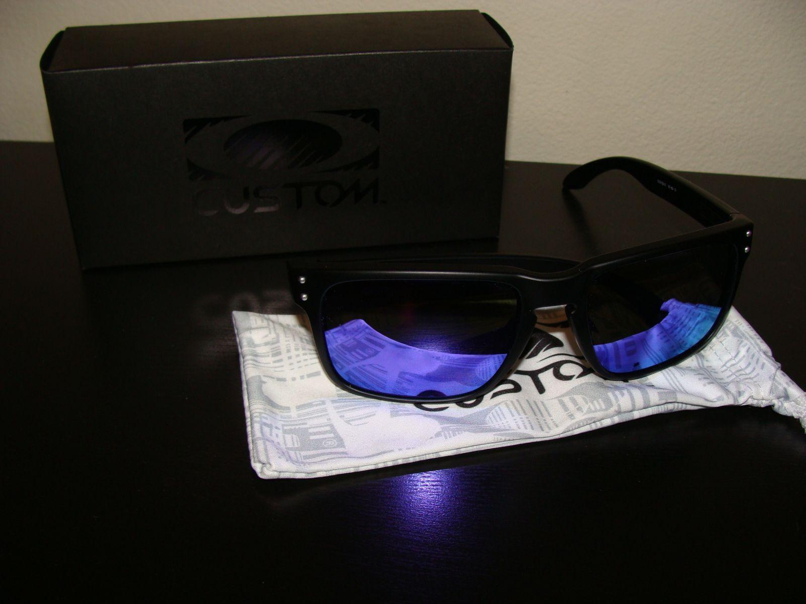 Crystal Red Holbrook W/Warm Grey &Matte Black W/Violet Iridium - 2s82zih.jpg