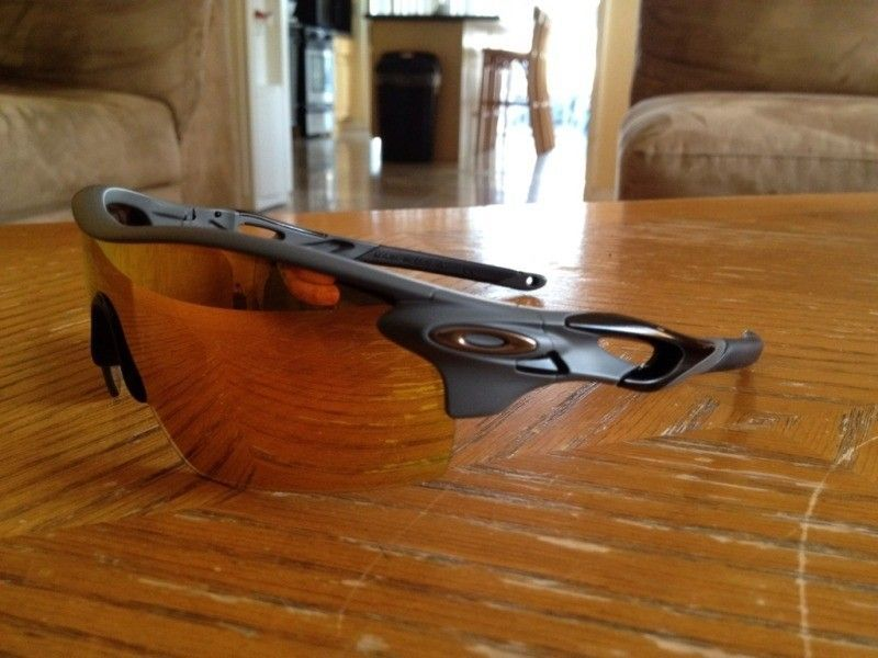 12 New Oakleys This Week - Radars And More! - 30728524-611E-476D-808D-FBB9E59120F5-9296-0000031EC1249905.jpg