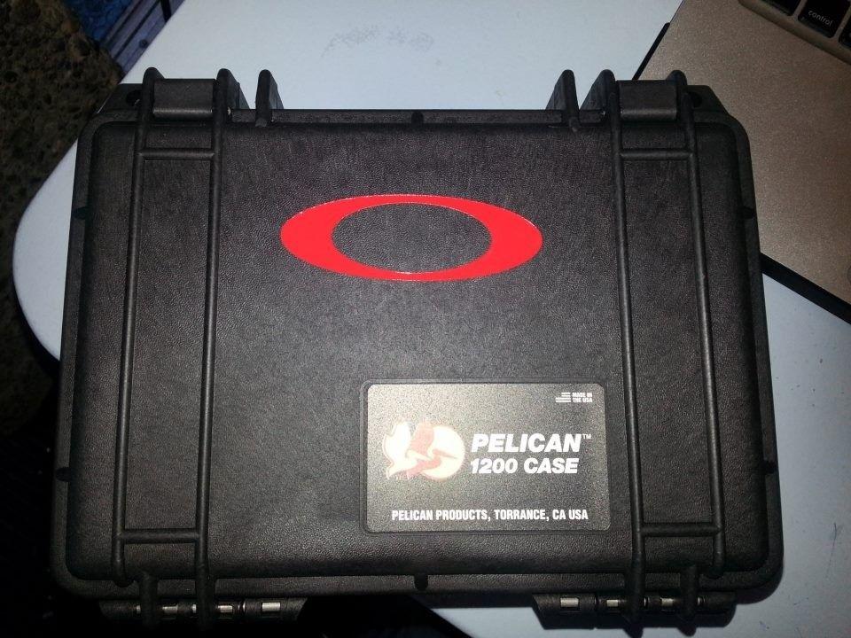 Pelican Oakley Vault - 312409_4270840422578_1089891726_n.jpg